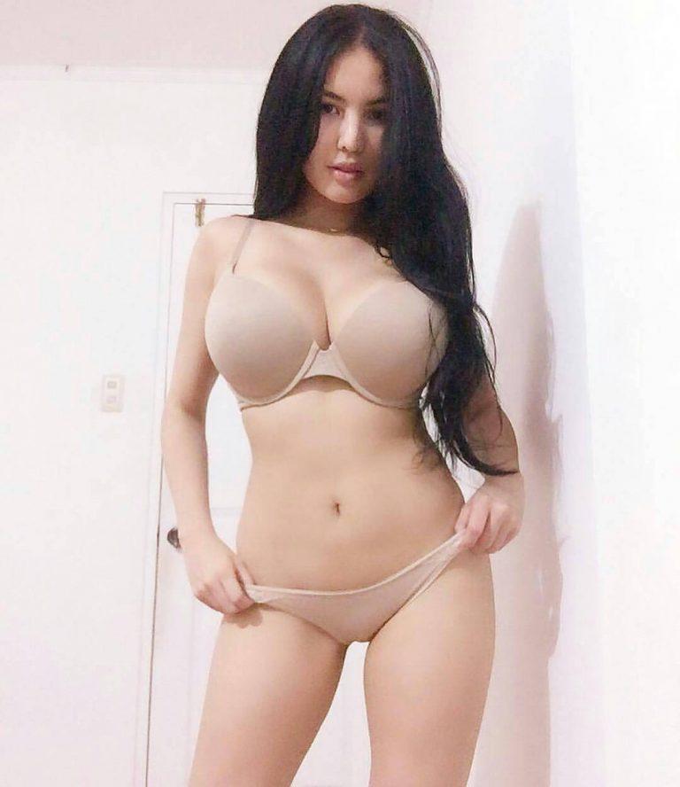 angelina joli sexo anal